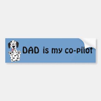 El papá es mi Dalmatian divertido del dibujo anima Etiqueta De Parachoque