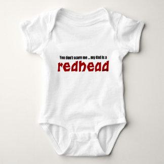 El papá es un Redhead Remeras