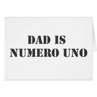 el papá es uno del numero tarjeta de felicitación