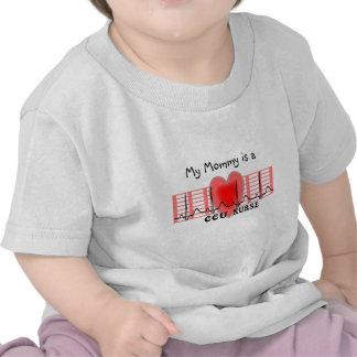 El papel y el corazón de Ekg del regalo de la Camiseta