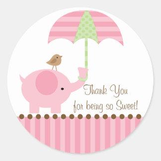 El paraguas del elefante del bebé le agradece pegatina redonda