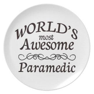 El paramédico más impresionante del mundo platos para fiestas