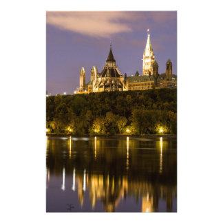El parlamento de Ottawa en la noche Papeleria