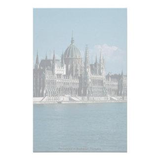 El parlamento en Budapest, Hungría Papeleria De Diseño