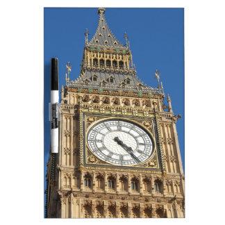 El parlamento Westminster Londres de las casas de Pizarra Blanca