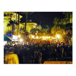 El parque del balboa aprieta luces de las palmeras postales