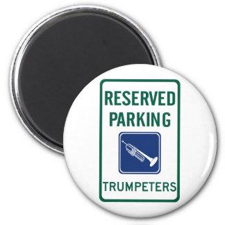El parquear de los trompetistas imanes de nevera