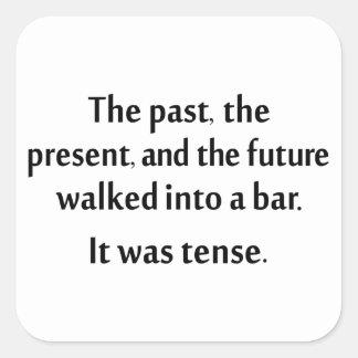 El pasado, el presente, y el futuro caminaron en pegatina cuadrada