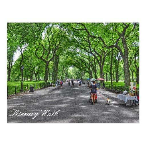 El paseo literario de Central Park Tarjetas Postales
