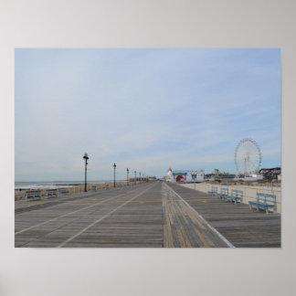 El paseo marítimo en la ciudad del océano, NJ Póster