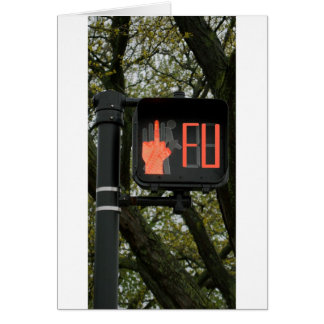 El paso de peatones divertido dice FU Tarjetón