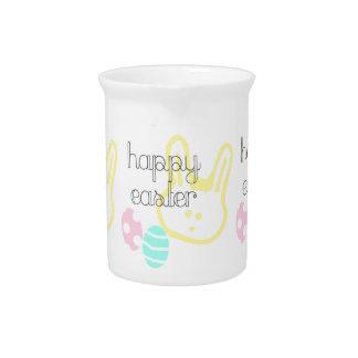 el pastel feliz del día de fiesta de pascua eggs jarra