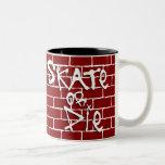 El patín o muere taza de café