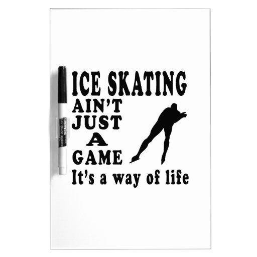 El patinaje de hielo no es apenas un juego que es  tableros blancos