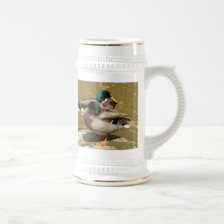 El pato silvestre Ducks la taza de Stein