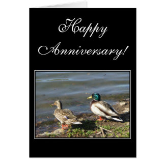 El pato silvestre feliz del aniversario ducks la t felicitación