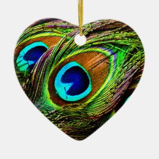 El pavo real empluma la invasión - adorno de cerámica en forma de corazón