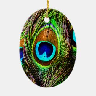 El pavo real empluma la invasión - adorno ovalado de cerámica