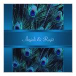 El pavo real púrpura del azul real empluma el boda comunicados personalizados