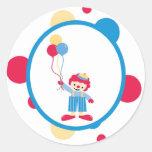 el payaso lindo de la diversión del circo del pega pegatina redonda