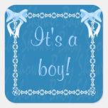 El pegatina azul de la ducha del bebé considera la