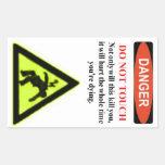 """El """"peligro infame, no toca"""" la etiqueta de advert"""