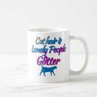 El pelo del gato es brillo solo de la gente taza básica blanca