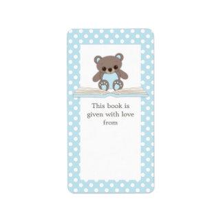El peluche del bebé azul refiere la etiqueta del B Etiquetas De Dirección