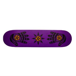 El pentáculo púrpura da el monopatín