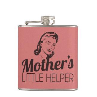 El pequeño ayudante de la madre petaca