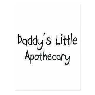 El pequeño boticario del papá postal