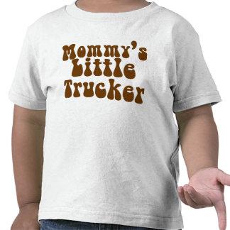 El pequeño camionero de la mamá camiseta