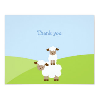 El pequeño cordero dulce le agradece las tarjetas invitacion personal