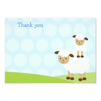 El pequeño cordero le agradece las tarjetas comunicados
