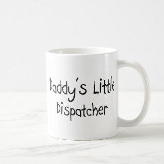 El pequeño despachador del papá taza
