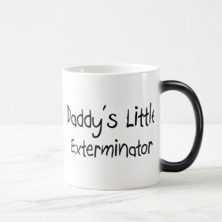 El pequeño Exterminator del papá Tazas De Café