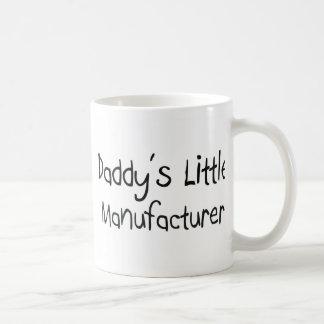 El pequeño fabricante del papá taza