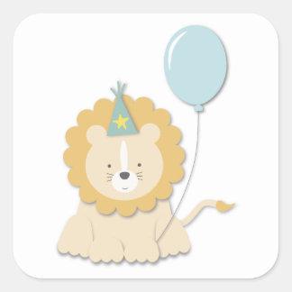 El pequeño león Cub y hincha {azul} a los Pegatina Cuadrada
