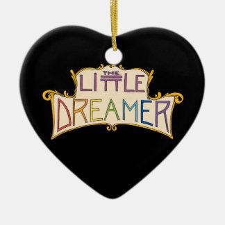 El pequeño logotipo del arco iris del soñador adorno navideño de cerámica en forma de corazón