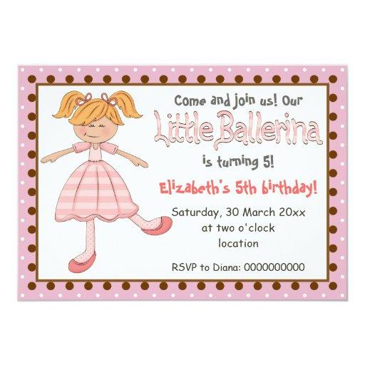 """El pequeño lunar del rosa de la bailarina embroma invitación 5"""" x 7"""""""