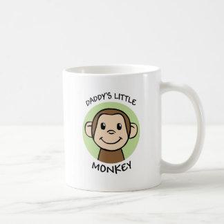 El pequeño mono del papá taza