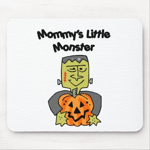 El pequeño monstruo de la mamá alfombrilla de raton