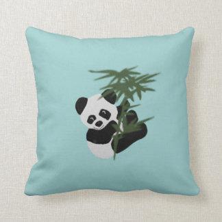 El pequeño panda cojines