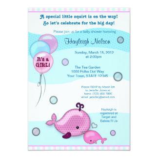 """El pequeños bebé y mamá de la ballena besan rosa invitación 5"""" x 7"""""""