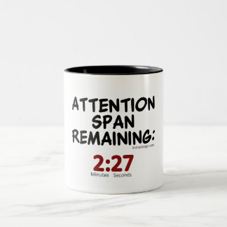 El permanecer de la capacidad de concentración: taza de dos tonos