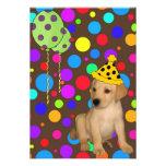 El perrito de Labrador de la fiesta de cumpleaños  Invitaciones Personalizada