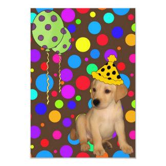 El perrito de Labrador de la fiesta de cumpleaños Invitación 8,9 X 12,7 Cm
