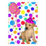 El perrito de Labrador de la fiesta de cumpleaños Comunicados Personales