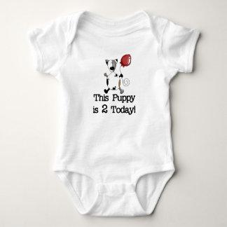 El perrito es el cumpleaños 2 tee shirts