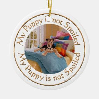 El perrito no se estropea adorno navideño redondo de cerámica
